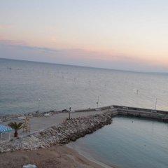 Отель Royal Bay Resort All Inclusive Болгария, Балчик - отзывы, цены и фото номеров - забронировать отель Royal Bay Resort All Inclusive онлайн пляж