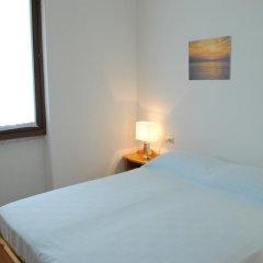 Отель Villetta Al Torchio Манерба-дель-Гарда комната для гостей фото 3