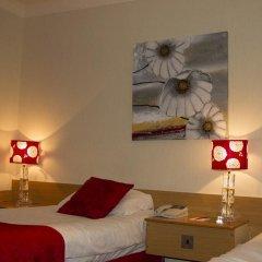 Отель Hallmark Inn Manchester South 3* Представительский номер с различными типами кроватей фото 11