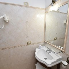 Отель Augustus ванная фото 4