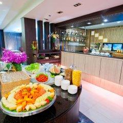 Отель Kingston Suites Bangkok питание фото 3