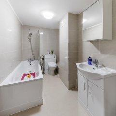 Отель Commercial House ванная фото 2