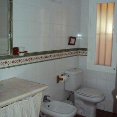 Отель Complejo Rural Entre Pinos Испания, Вехер-де-ла-Фронтера - отзывы, цены и фото номеров - забронировать отель Complejo Rural Entre Pinos онлайн ванная фото 2