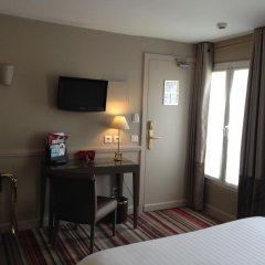Отель Hôtel des Comédies 3* Стандартный номер с двуспальной кроватью фото 4