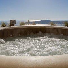Отель La Maltese Estate, Buddha-Bar Beach Santorini 5* Представительский номер с различными типами кроватей