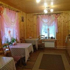 Гостиница Guest House Berezka в Тихвине отзывы, цены и фото номеров - забронировать гостиницу Guest House Berezka онлайн Тихвин питание