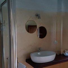 Отель Relais Borgo sul Mare Италия, Сильви - отзывы, цены и фото номеров - забронировать отель Relais Borgo sul Mare онлайн ванная фото 2