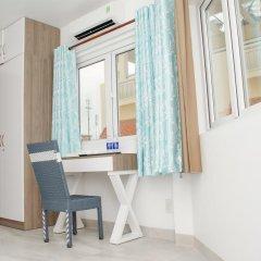 Отель LeBlanc Saigon 2* Номер Премьер с двуспальной кроватью фото 14