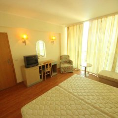 Отель Menada Oasis Resort Apartments Болгария, Солнечный берег - отзывы, цены и фото номеров - забронировать отель Menada Oasis Resort Apartments онлайн удобства в номере