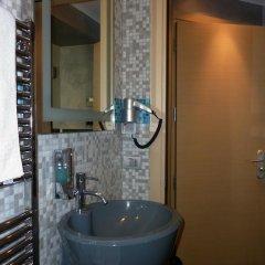 Pop Inn Hostel Стандартный номер с различными типами кроватей фото 11