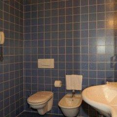 Отель Due Torri Tempesta Италия, Ноале - отзывы, цены и фото номеров - забронировать отель Due Torri Tempesta онлайн ванная