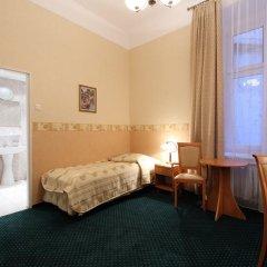 Hotel Savoy 2* Стандартный номер с различными типами кроватей фото 4