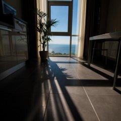 Апартаменты 12th Floor Apartments Стандартный номер фото 19