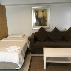 Отель Ratchadamnoen Residence 3* Улучшенные апартаменты с различными типами кроватей
