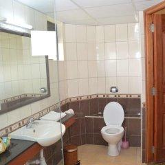 Отель Sentrim Elementaita Lodge 4* Стандартный номер с различными типами кроватей