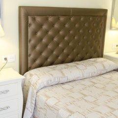 Отель Hostal Flor De Lis- Lojo комната для гостей фото 3