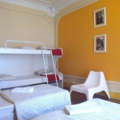 Refuge in Santa Marta Hostel Стандартный семейный номер с двуспальной кроватью (общая ванная комната)