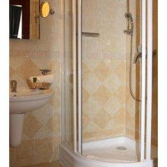 Отель Prague Golden Age Номер с общей ванной комнатой фото 28