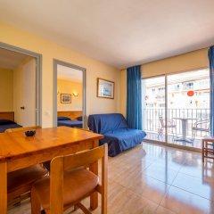 Отель Apartaments AR Borodin Испания, Льорет-де-Мар - отзывы, цены и фото номеров - забронировать отель Apartaments AR Borodin онлайн комната для гостей фото 4