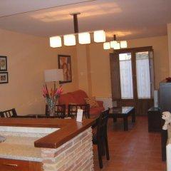Отель Apartamentos La Luna Сос-дель-Рей-Католико в номере