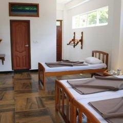 Отель Queens rest inn Номер Делюкс с различными типами кроватей