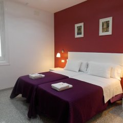 Отель Pension Corbero Мадрид комната для гостей фото 5