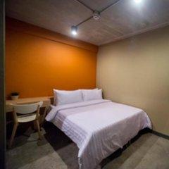 Siam Mitr Hostel Бангкок комната для гостей