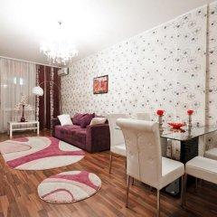 Апартаменты VIP Апартаменты 24/7 комната для гостей фото 3