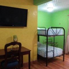 Отель Cabañas los Encinos Гондурас, Тегусигальпа - отзывы, цены и фото номеров - забронировать отель Cabañas los Encinos онлайн удобства в номере фото 2