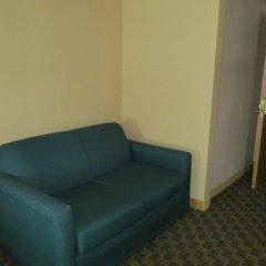 Отель Downtown Value Inn Кровать в общем номере с двухъярусной кроватью фото 4