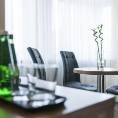Отель Mandala Hostel & Apartments Польша, Познань - отзывы, цены и фото номеров - забронировать отель Mandala Hostel & Apartments онлайн интерьер отеля