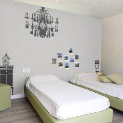 Отель Camping Village Roma Улучшенное бунгало с различными типами кроватей фото 9