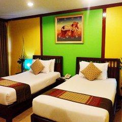 Отель Boonsiri Place 3* Улучшенный номер с различными типами кроватей фото 3