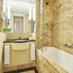 Отель Sheraton Warsaw Hotel Польша, Варшава - 7 отзывов об отеле, цены и фото номеров - забронировать отель Sheraton Warsaw Hotel онлайн ванная фото 2