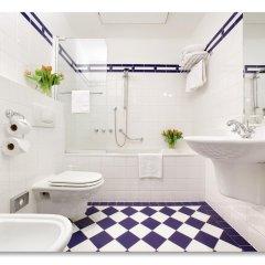 Hotel Paris Prague 5* Номер Делюкс с различными типами кроватей