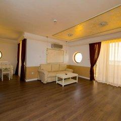 Отель Golden Rainbow Beach Aparthotel Солнечный берег комната для гостей фото 3
