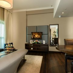 First Central Hotel Suites 4* Апартаменты Премиум с различными типами кроватей фото 4