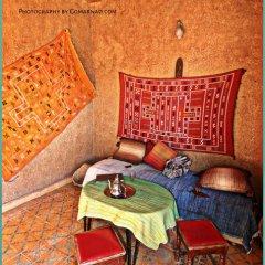 Отель Maison Adrar Merzouga Марокко, Мерзуга - отзывы, цены и фото номеров - забронировать отель Maison Adrar Merzouga онлайн интерьер отеля