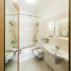 Отель Archibald At the Charles Bridge 4* Стандартный номер с различными типами кроватей фото 14