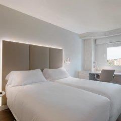 Отель NH Madrid Barajas Airport 3* Стандартный номер с различными типами кроватей фото 2