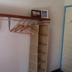 Отель Germaican Hostel Ямайка, Порт Антонио - отзывы, цены и фото номеров - забронировать отель Germaican Hostel онлайн сейф в номере