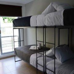 Отель Hostal Be Condesa Кровать в женском общем номере