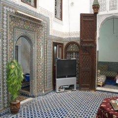 Отель Dar El Arfaoui Марокко, Фес - отзывы, цены и фото номеров - забронировать отель Dar El Arfaoui онлайн парковка