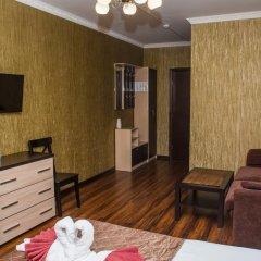Мини-Отель Уют Стандартный семейный номер с различными типами кроватей фото 9