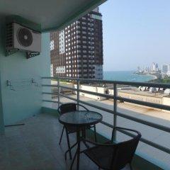 Отель Blue Ocean Suite Паттайя балкон