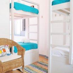 Ale-Hop Albufeira Hostel Кровать в женском общем номере с двухъярусной кроватью фото 2