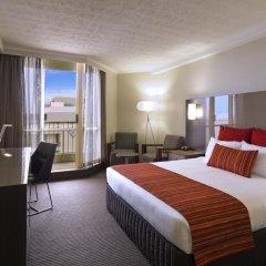 Отель Novotel Surfers Paradise 4* Номер категории Премиум с различными типами кроватей