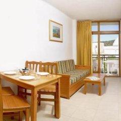 Отель Apartamentos Tramuntana Апартаменты с различными типами кроватей фото 14