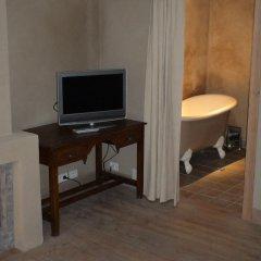 Отель B&B 1669 4* Люкс повышенной комфортности с различными типами кроватей