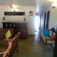 Отель Thiranagama Beach Hotel Шри-Ланка, Хиккадува - отзывы, цены и фото номеров - забронировать отель Thiranagama Beach Hotel онлайн в номере фото 2